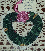 picture of Garden Splendor Heart Tie-on